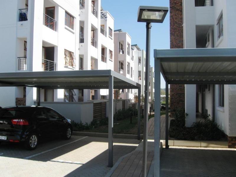 Apartment / Flat For Rent in Ferndale, Randburg