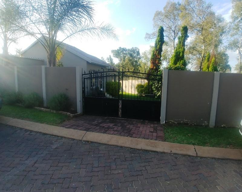 Property For Rent in North Riding, Randburg 15