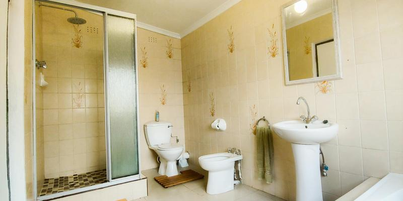 Property For Sale in Melville, Johannesburg 14