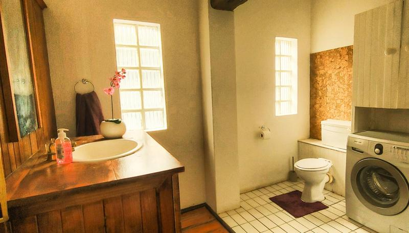 Property For Sale in Melville, Johannesburg 21