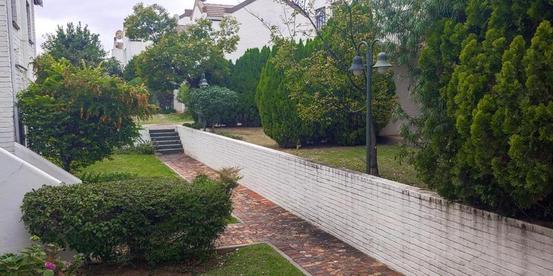 Property For Sale in Magaliessig, Sandton 3