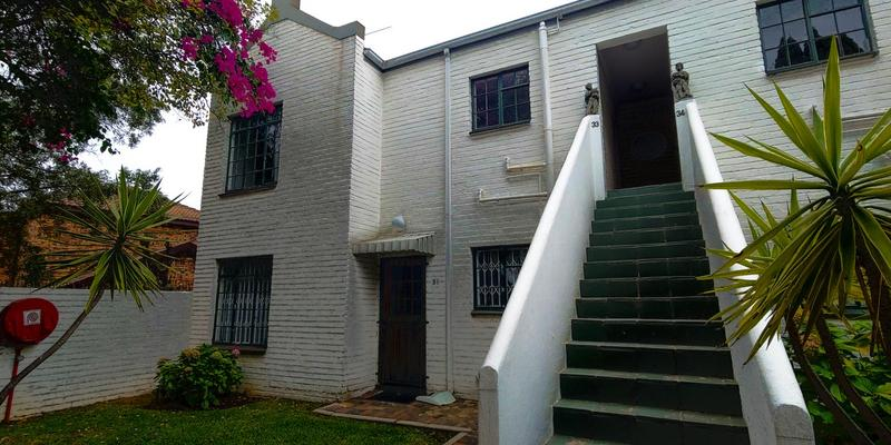 Property For Sale in Magaliessig, Sandton 4