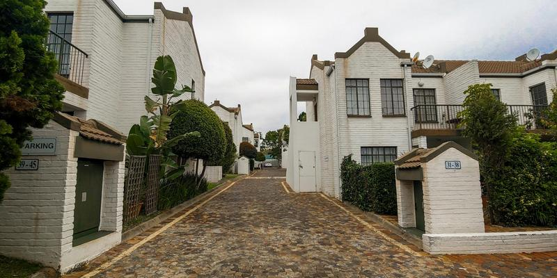 Property For Sale in Magaliessig, Sandton 2