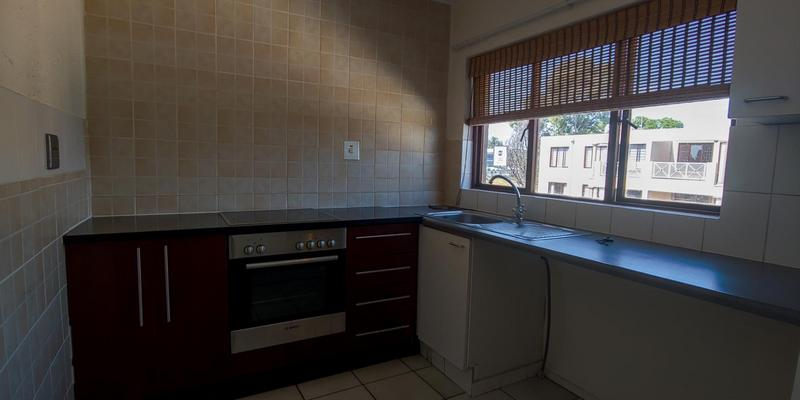 Property For Rent in Riepen Park, Sandton 4