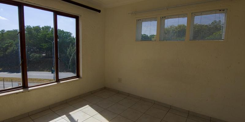 Property For Rent in Riepen Park, Sandton 10