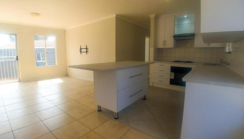 Property For Rent in Radiokop, Roodepoort 3