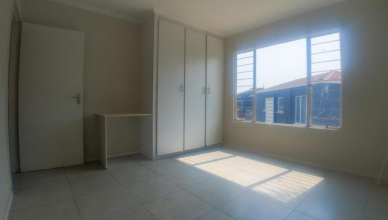 Property For Rent in Radiokop, Roodepoort 6